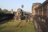 *Angkor-07.38.49