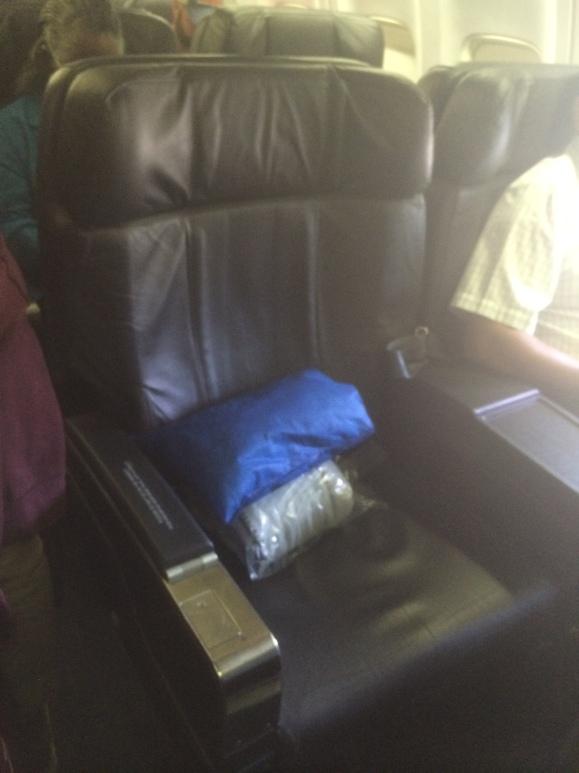 Flight to Panama - seat